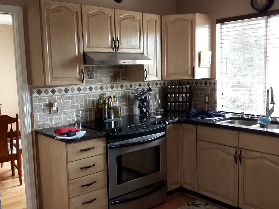 Reface kitchen cabinets of 34 kitchen fronts and cabinets for Acme kitchen cabinets